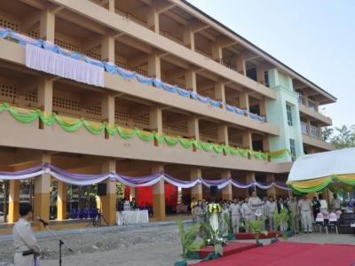 พิธีเปิดอาคารเพชร ณ โรงเรียนนิยมศิลป์อนุสรณ์