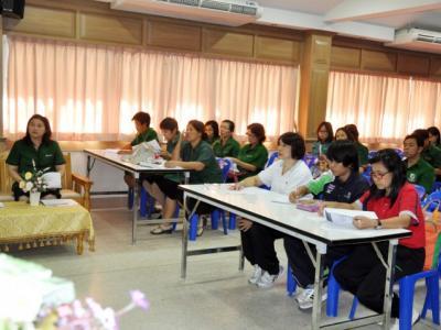 การประชุมคณะครูในการจัดโครงการสอนเสริมติวเข้มให้กับนักเรียนชั้นม